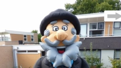 Abraham Cartoon met bierpul 3,2 meter